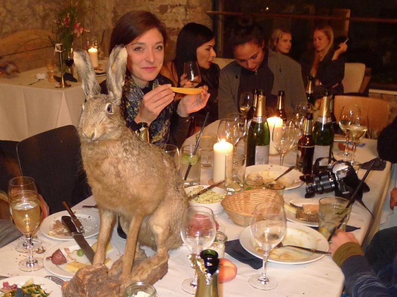 8-artweek-berlin-2015-ulrike-theusner-artist-dinner-ngorongoro